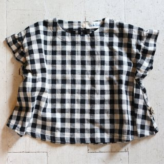 <img class='new_mark_img1' src='https://img.shop-pro.jp/img/new/icons14.gif' style='border:none;display:inline;margin:0px;padding:0px;width:auto;' />FRILL SLEEVE TOPS(DN-21026)