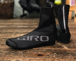 <img class='new_mark_img1' src='https://img.shop-pro.jp/img/new/icons14.gif' style='border:none;display:inline;margin:0px;padding:0px;width:auto;' />【GIRO/ジロ】BLAZE SHOE COVER Black