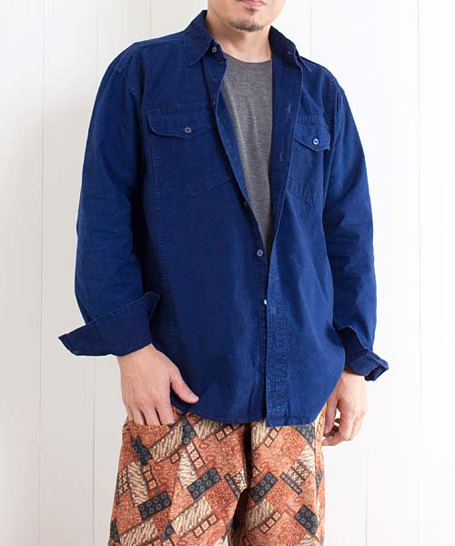 モーホーム/襟付き長袖シャツ