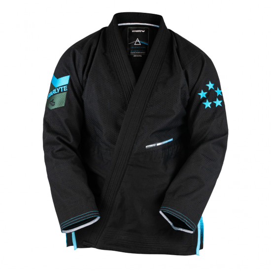 <img class='new_mark_img1' src='https://img.shop-pro.jp/img/new/icons13.gif' style='border:none;display:inline;margin:0px;padding:0px;width:auto;' />Starlyte X Black〈Black with Blue〉