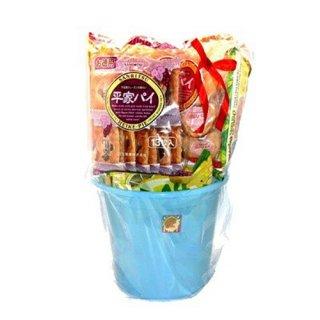 (地域限定送料無料) メガ盛り!!おかしのマーチ バケツ入り大袋お菓子 詰め合わせセット(10種・計10コ) (omtma6217k)