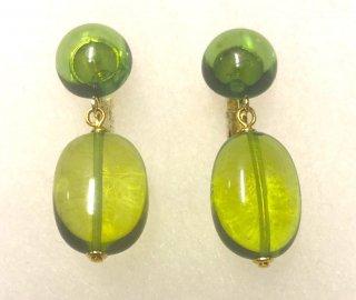 【限定】鮮やかな緑に癒される金運と癒しのパワー高嶋グリーンアンバー琥珀イヤリング・ピアス選べます 特典付き