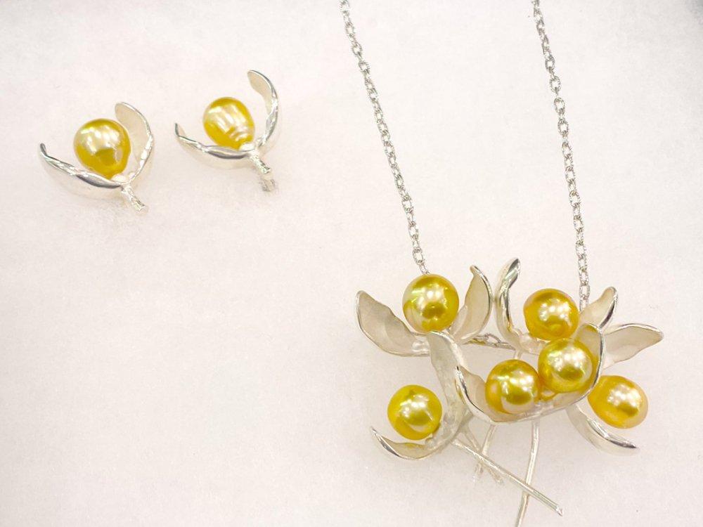 銀座ママセレクトジュエリー 特典付き 日本製 金運UPゴールド真珠 ブローチネックレス イヤリングまたはピアスセット送料込み