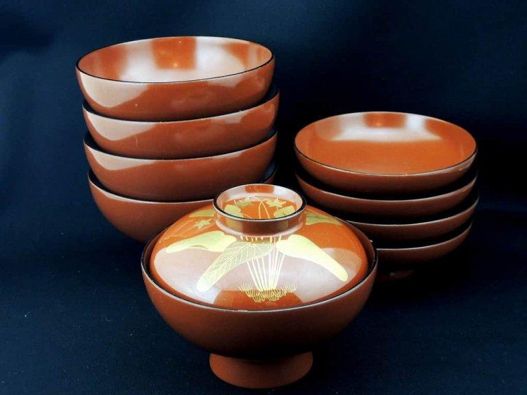 輪島塗朱塗菫文吸い物椀 五客組 / Red-Lacquered Soup Bowls with Lids  set of 5