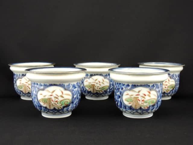 伊万里色絵牡丹唐草窓絵文向付 / Imari Polychrome 'Mukoduke' Cups  set of 5