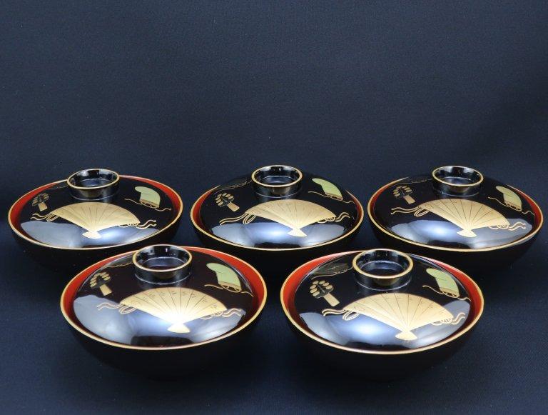 黒塗内朱三番叟蒔絵吸物椀 五客組 / Black-lacquered Soup Bowls with Lids  set of 5