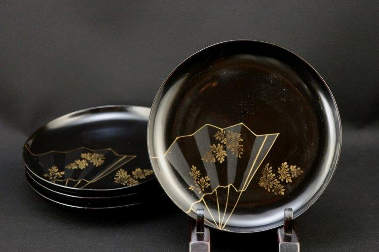 黒塗扇面蒔絵五寸皿 四枚組 / Black-lacquered Plates with 'Makie' picture of Fan  set of 4