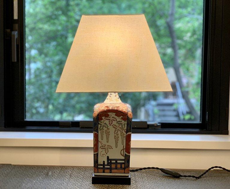 伊万里色絵角徳利テーブルランプ / Table Lamp os Imari Polychrome Square Sake  Pot