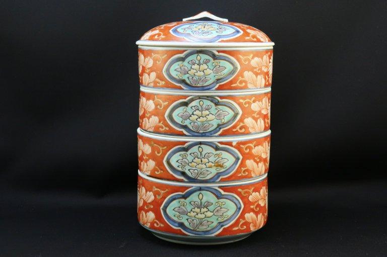 伊万里色絵段重 / Imari Round Polychrome 'Danju' Food Boxes