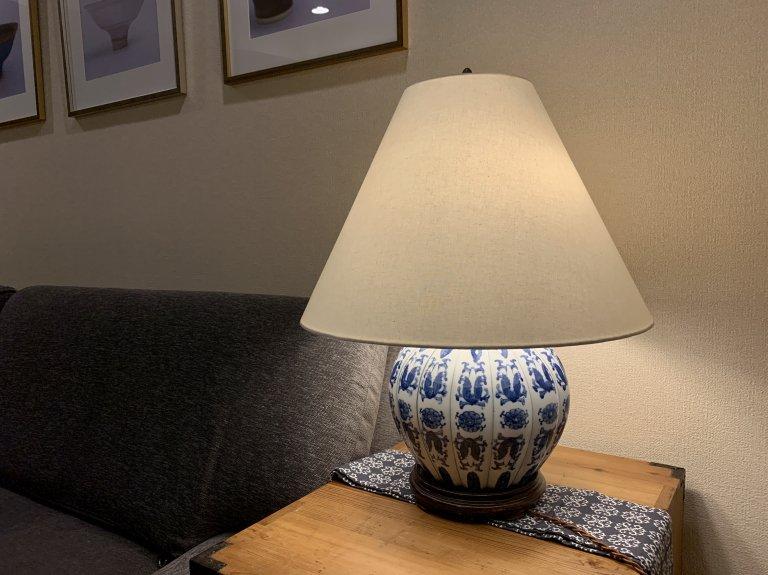 染付壺ランプ / Table Lamp with Blue & White pot