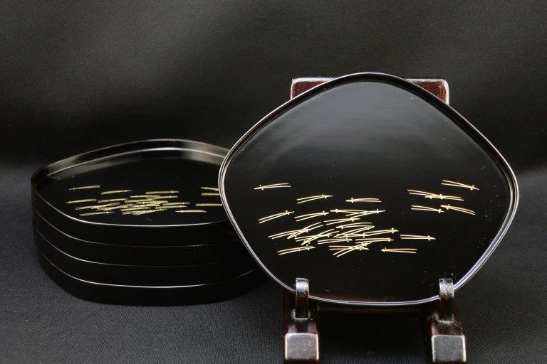 黒塗沈金蒔絵菓子皿 五枚組 / Black-lacquered Sweet Plates  set of 5