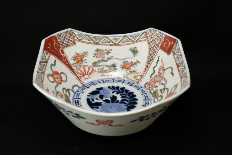 伊万里色絵変形角鉢 / Imari Square Polychrome Bowl