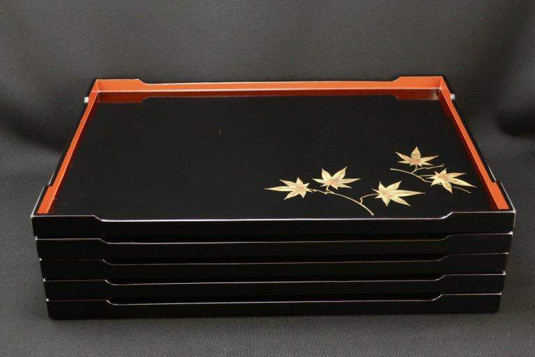 山田平安堂絵変膳 五枚組 / Black-lacquered Trays with 'Makie' picture   set of 5