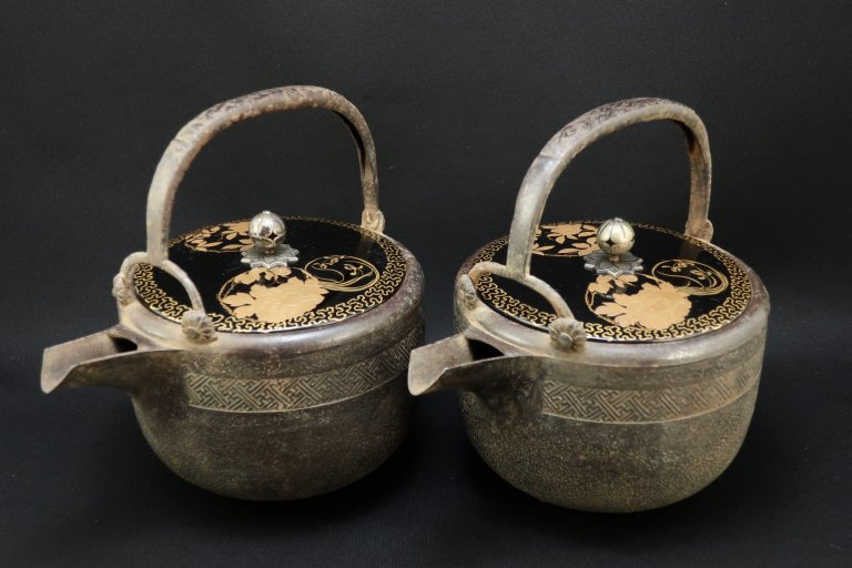 鉄銚子 一対 / Iron Sake Pourer  1 pair