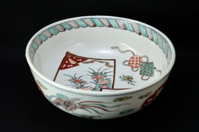 伊万里色絵色紙の図中鉢 / Imari Polychrome Bowl