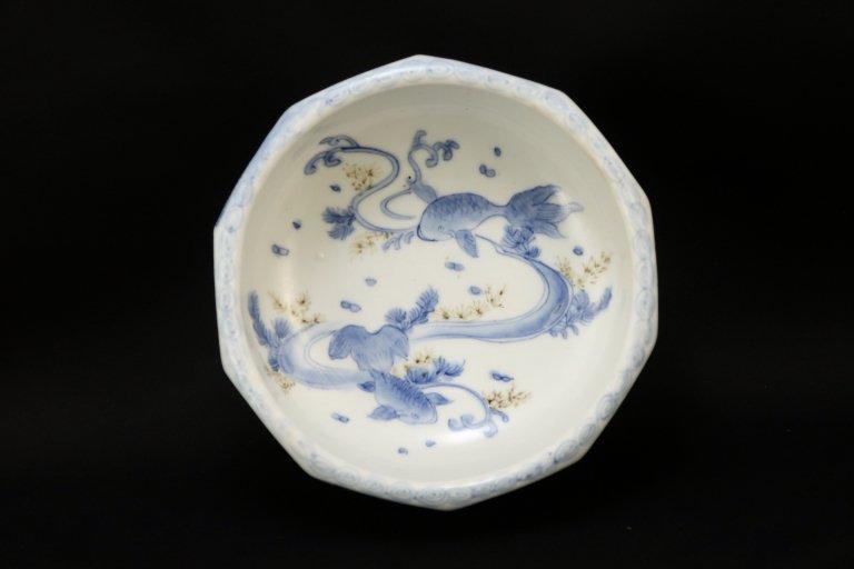 伊万里染付金魚文中鉢 / Imari Blue & White Bowl with the picture of Goldfishes