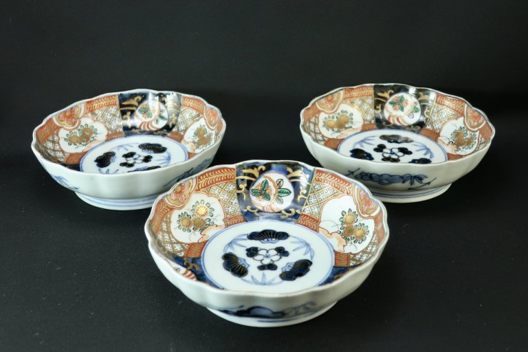伊万里色絵なます皿 三枚組 / Imari Polychrome 'Namasu' Bowls  set of 3
