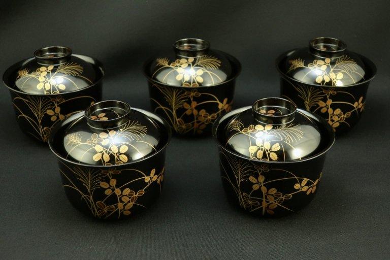 黒塗秋草蒔絵吸物椀 五客組 / Black-lacquered Soup Bowls with Lids  set of 5