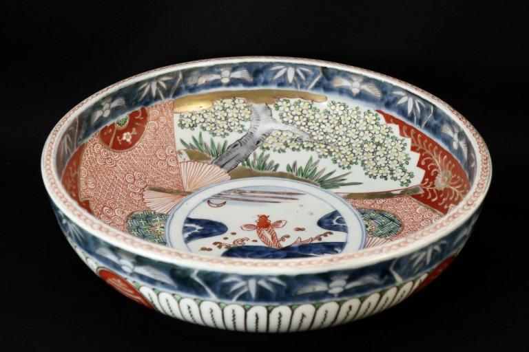 伊万里色絵桜と登竜門の図大鉢 / Imari Large Polychrome Bowl with the picture of Sakura