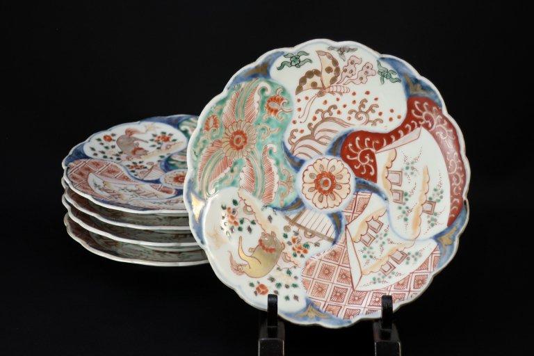 伊万里色絵菊花形六寸皿 五枚組 �/ Imari Polychrome Chrysanthemum-flower-shaped Plates  set of 5 �