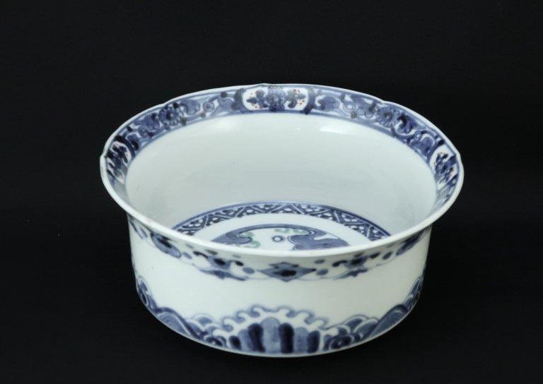 伊万里色絵鯉の滝登りの図中鉢 / Imari Polychrome Bowl with the picture of Carp