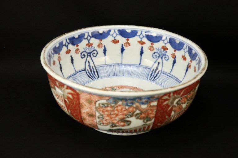 伊万里色絵桜瓔珞文中鉢 / Imari Polychrome Bowl with the picture of Cherry blossoms