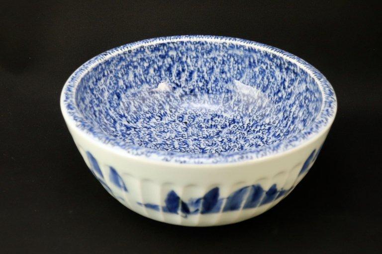 伊万里染付総微塵唐草文大鉢 / Imari Blue & White Bowl with the pattern of 'Mijin Karakusa'