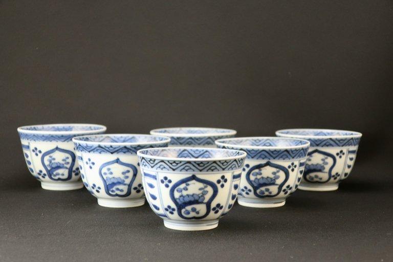 伊万里染付梅文汲出碗 六客組 / Imari Blue & White Tea Cups with the picture of Plum Blossoms  set of 6
