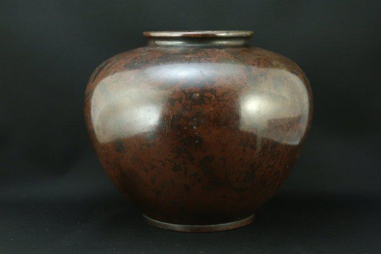 銅器花瓶 / Bronze Flower Vase