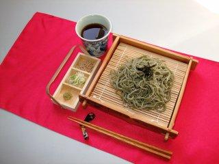 【ご家庭常備品】蔵のまちよもぎそば20入(五十嵐製麺)