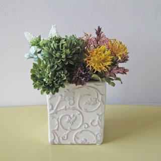 光触媒アートフラワーアレンジメント【フレイア】ちょこっと置ける個性的なアートフラワー造花です。