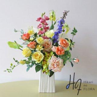 高級造花アレンジメント【レギーナ】美しい花々が織り成す、素敵な高級造花インテリアです。