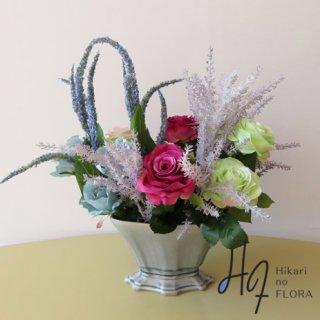 高級造花アレンジメント【ルモア】薔薇はもちろん、アマランサスとベロニカもこだわってみました。