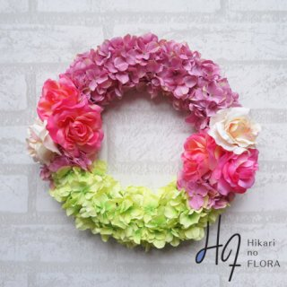 光触媒加工・壁掛けリース【wreath270】ハイドレンジアとバラのリースです。wreath(リース)は永遠と健康と愛情の象徴です。