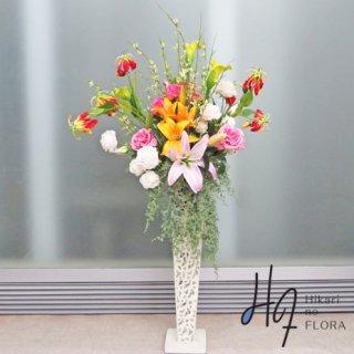 光触媒造花アレンジメント【スタンド70型RD517】リリーとカラーとローズの高さ130�の高級造花アレンジメントです。