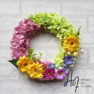 光触媒加工・壁掛けリース【wreath303】ガーベラとハイドレンジアのリースです。wreath(リース)は永遠と健康と愛情の象徴です。