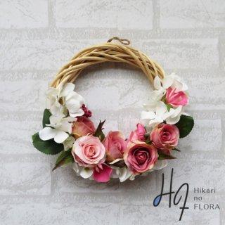 光触媒加工・壁掛けリース【wreath315】バラのリースです。wreath(リース)は永遠と健康と愛情の象徴です。