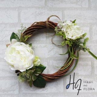 光触媒加工・壁掛けリース【wreath324】バラのリースです。wreath(リース)は永遠と健康と愛情の象徴です。
