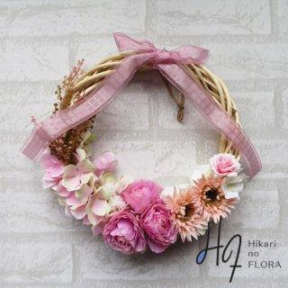 光触媒加工・壁掛けリース【wreath325】ハイドレンジアとバラとガーベラのリースです。wreath(リース)は永遠と健康と愛情の象徴です。他の方とあまりかぶらない、嬉しい贈り物です。