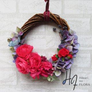 光触媒加工・壁掛けリース【wreath329】レッドローズのリースです。お誕生日祝いにいかがでしょうか。wreath(リース)は永遠と健康と愛情の象徴です。