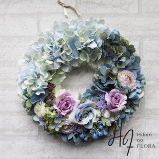 光触媒加工・壁掛けリース【wreath337】藍の色彩の妙が感じられる素敵ななリースです。wreath(リース)は永遠と健康と愛情の象徴です。他の方とあまりかぶらない、嬉しい贈り物です。