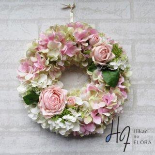 光触媒加工・壁掛けリース【wreath339】ソフトピンクのオシャレなリースです。wreath(リース)は永遠と健康と愛情の象徴です。他の方とあまりかぶらない、嬉しい贈り物です。