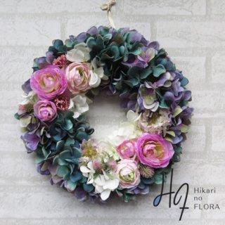 光触媒加工・壁掛けリース【wreath345】シックなハイドレンジアと薔薇のリースです。wreath(リース)は永遠と健康と愛情の象徴です。他の方とあまりかぶらない、嬉しい贈り物です。
