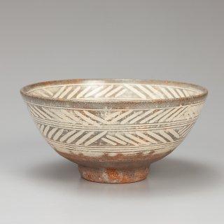 彫三島茶碗