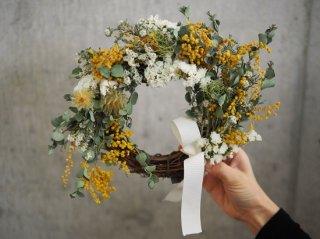 mimosa wreath Φ20cm