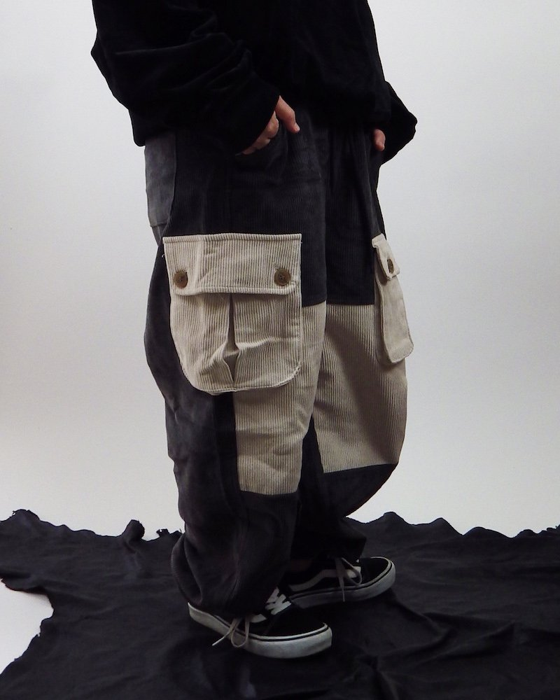 オーバーサイズ&ストリート『Re:one Online Store』KHAKI loose  wide cargo pants