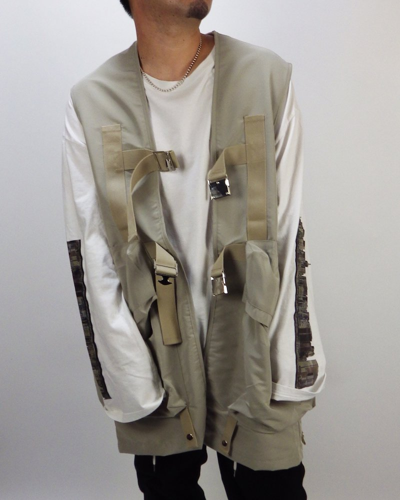 オーバーサイズ&ストリート『Re:one Online Store』Long military beige vest