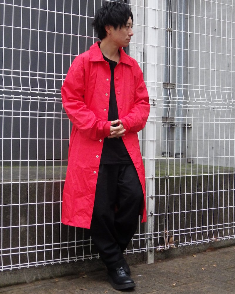 オーバーサイズ&ストリート『Re:one Online Store』MARTISTIQUE RED  RAINCOAT