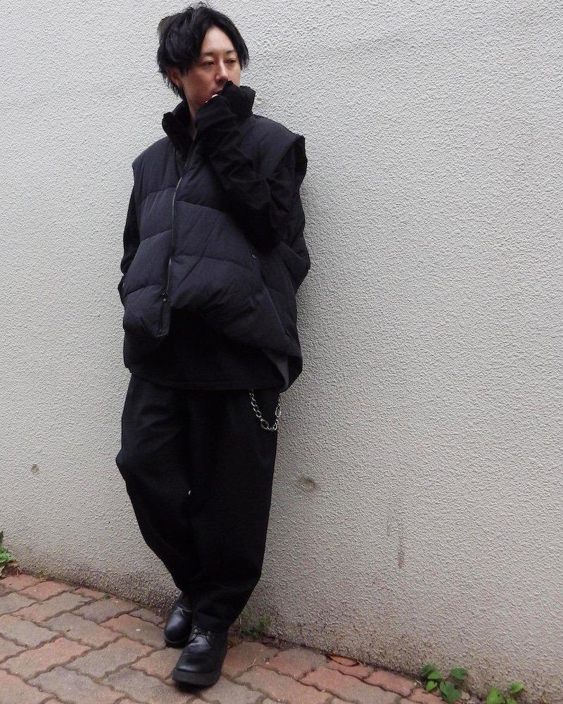 オーバーサイズ&ストリート『Re:one Online Store』「ATTENTION」 Down vest -BLACK-