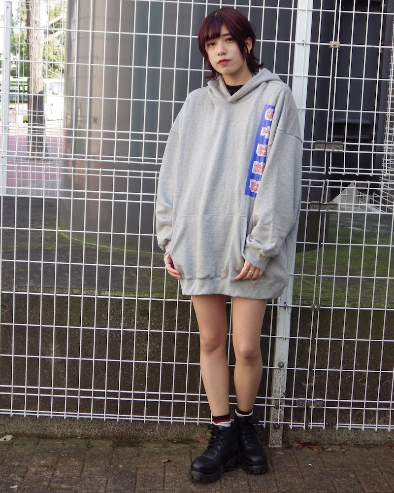 オーバーサイズ&ストリート『Re:one Online Store』「EDDEN」90s STDED GRAY HOODIE